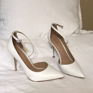 Also Pointed Toe White Heel